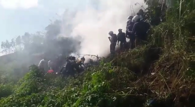 Helicopter crash in Haputale – [VIDEO]