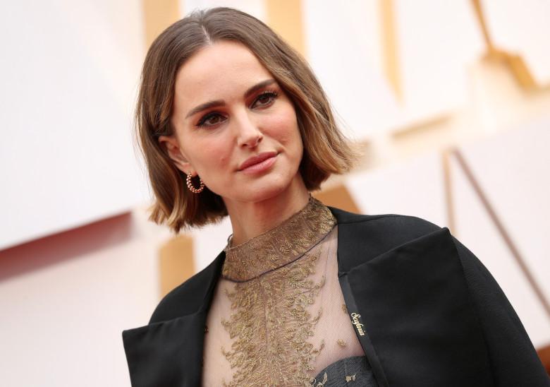 Rose McGowan slams Natalie Portman's 2020 Oscars ensemble
